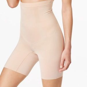 Spanx By Sara Blakely High Waist Shaping Shorts L